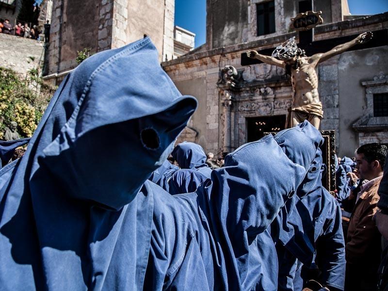 """Festa del Crocifisso dell'Aracoeli 2020 - Antica Processione dei """"Babbaluti"""""""