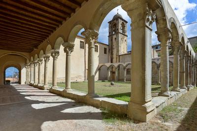 Chiostro di San Francesco e Museo degli Angeli
