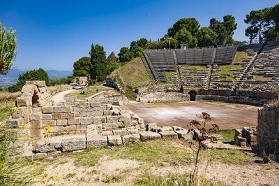 Area archeologica e Teatro greco di Tindari