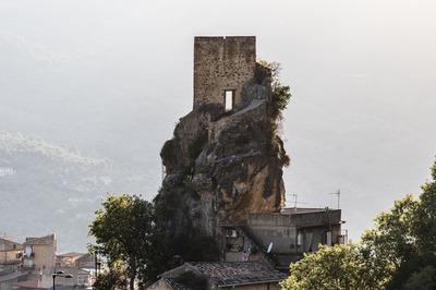 Castel Turio e Chiesa della SS. Trinità