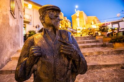 Statue Bronzee - Ficarra