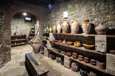 Museo della ceramica d'uso comune in Sicilia